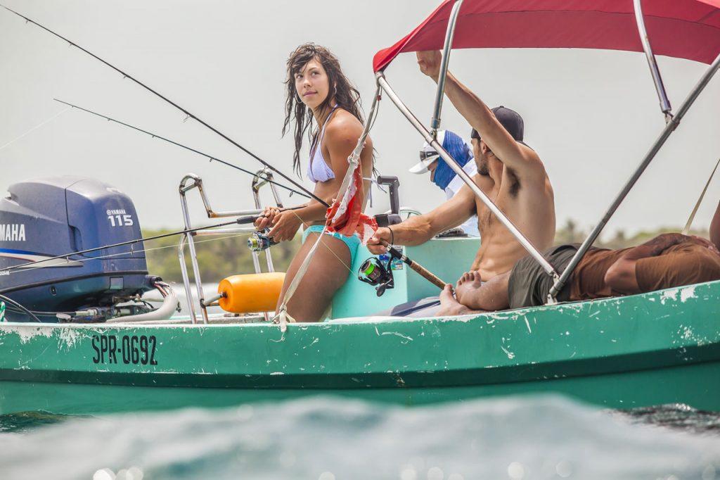 Belize-Guide-fishing-after-snorkel
